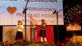Czytaj więcej o: Wspaniały występ  przedszkolaków podczas I Powiatowego Przeglądu Piosenki Patriotycznej.