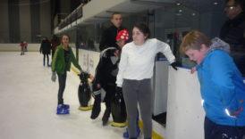 Czytaj więcej o: Wizyta na lodowisku w Świdnicy.